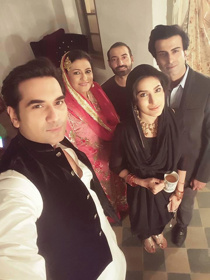 Humayun Saeed, Mehwish Hayat, Saba Hameed, Nadeem Baig and Shahval Ali Khan of the sets of upcoming television serial Dillagi.